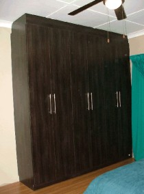 built-in-cupboards-014