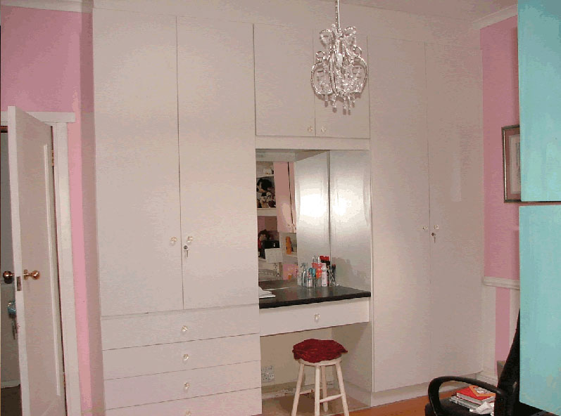 Built in cupboards johannesburg bedroom cupboards for Kitchen cupboards johannesburg
